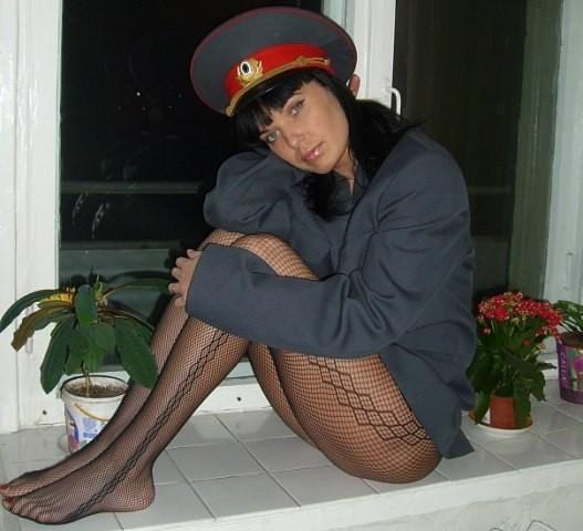 Милиционерша засветила порно фото момент