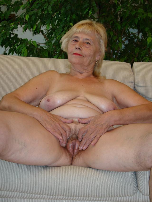 голые старухи бабушки фото