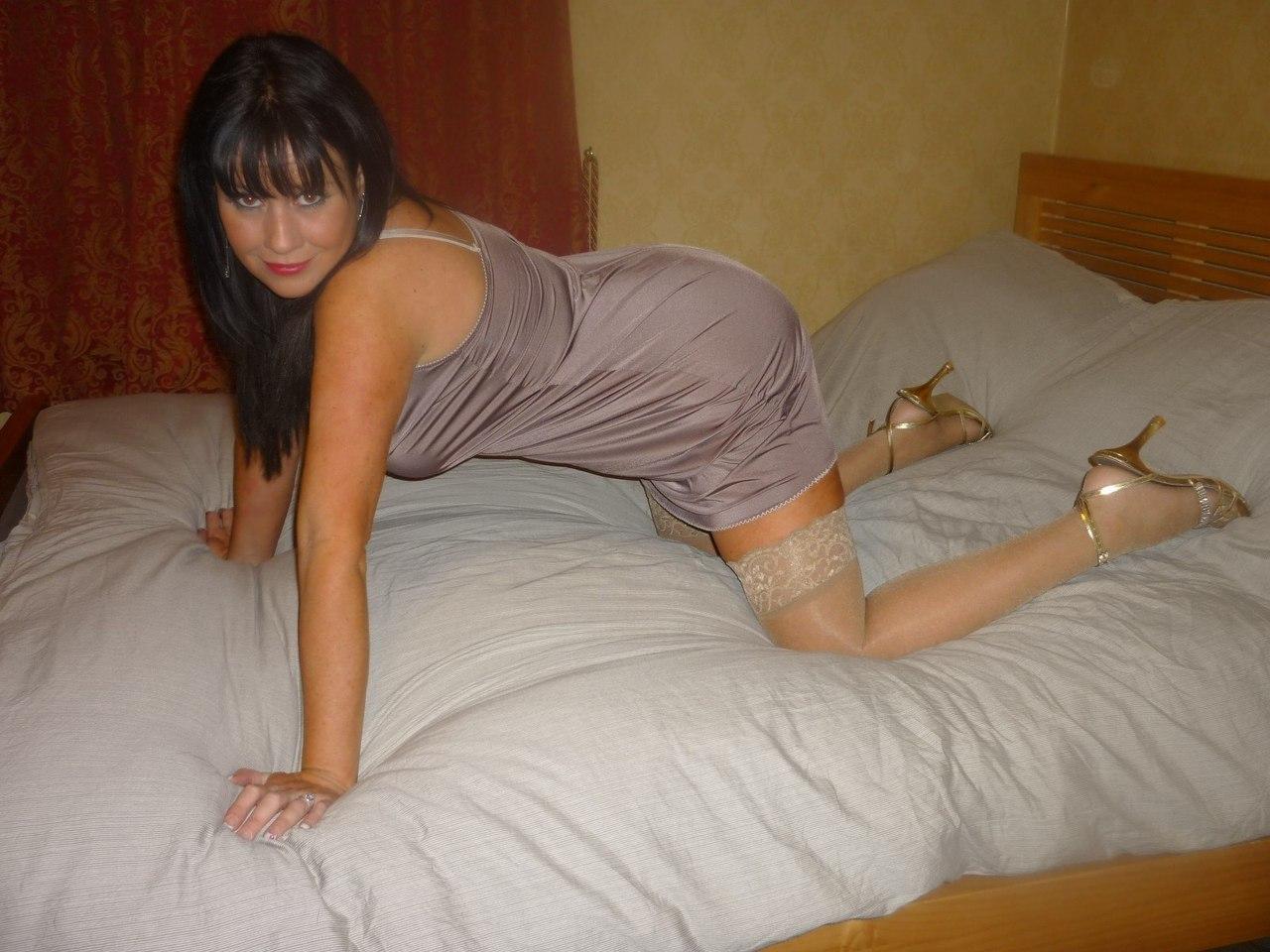 Трахает индивидуалку как снять проститутку в городе марксе саратовской области