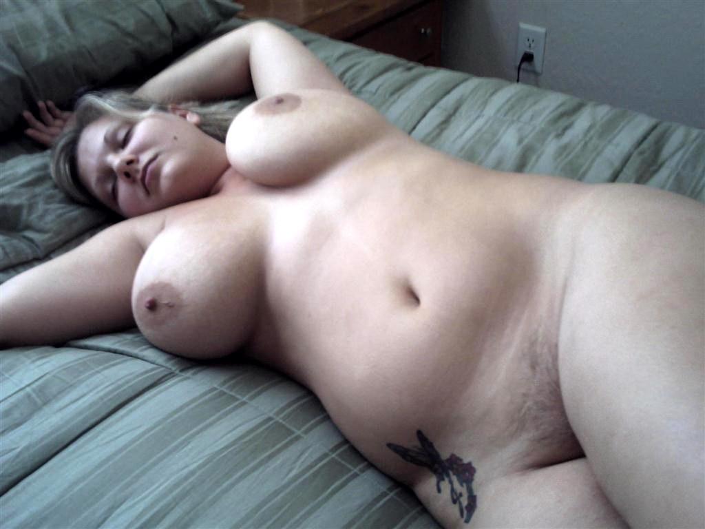 chubby-pale-sleeping-movie-the-rich-mans-wife